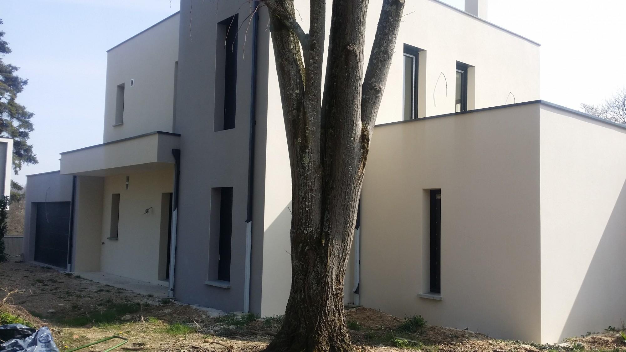 élégante et compacte maison contemporaine concept creation