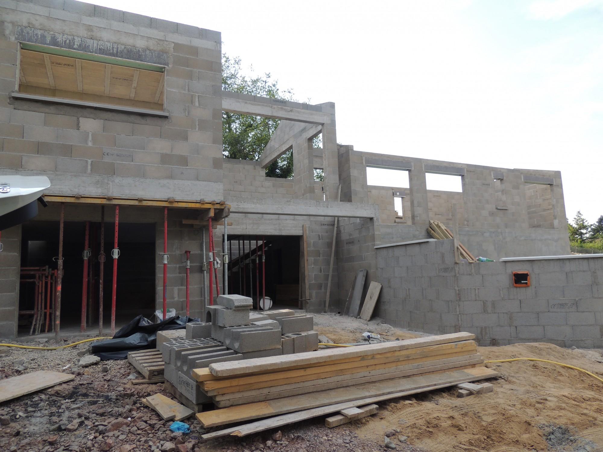 construction maison moderne à Lyon
