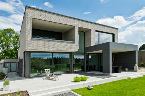Maison ultra contemporaine bureau d 39 tudes et architectes for Plan maison ultra moderne