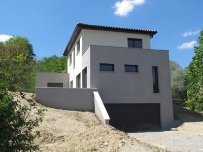 Constructeur de maisons modernes à Lyon