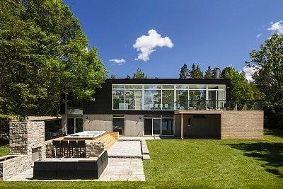 Construction de maisons contemporaines villefranche rh ne for Maison home design lyon